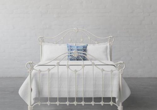 Metal Bed 5