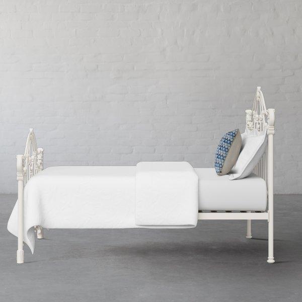 PETERSBURG METAL BED COLLECTION 4