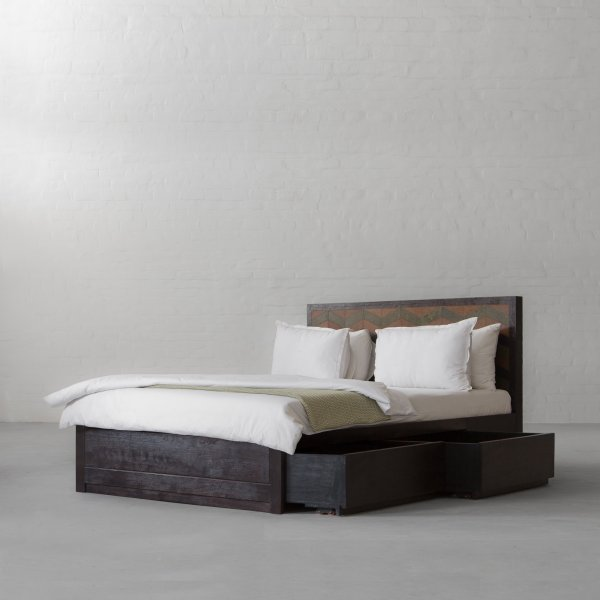 GEORGE BED COLLECTION 3