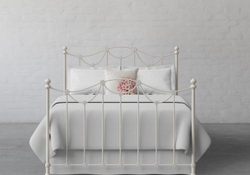 Metal Bed 4
