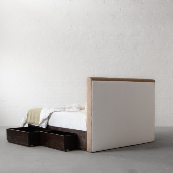 CLANTON BED COLLECTION 5
