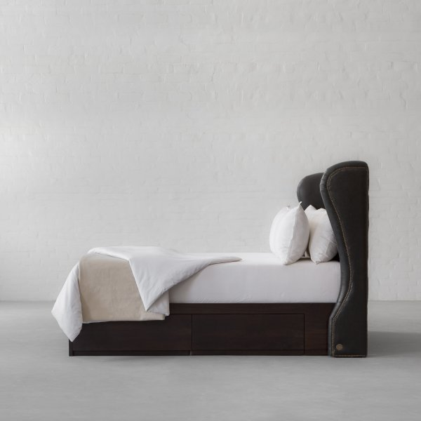 OMAN TUFTED LEATHER BED COLLECTION 5