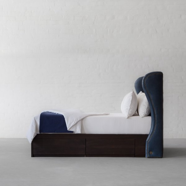 OMAN TUFTED LEATHER BED COLLECTION 6