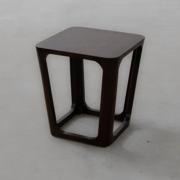 LAKE FOREST SIDE TABLE 3