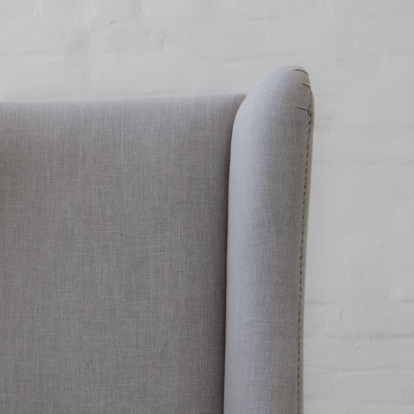 ANDERSON FABRIC WINGBACK CHAIR 3