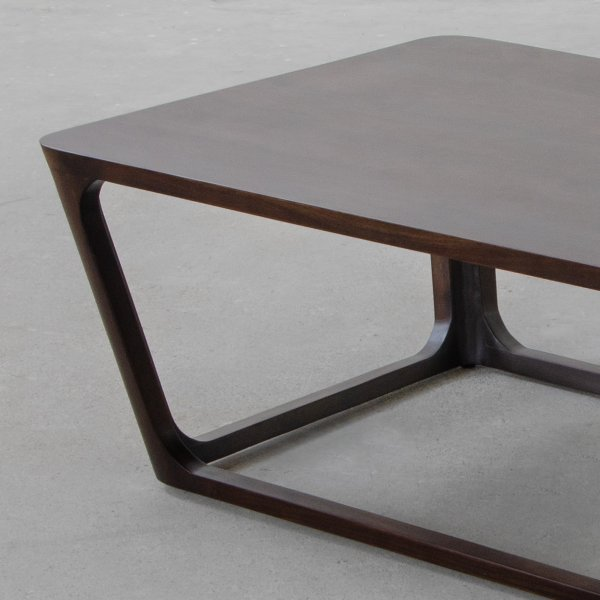 LAKE FOREST COFFEE TABLE 2