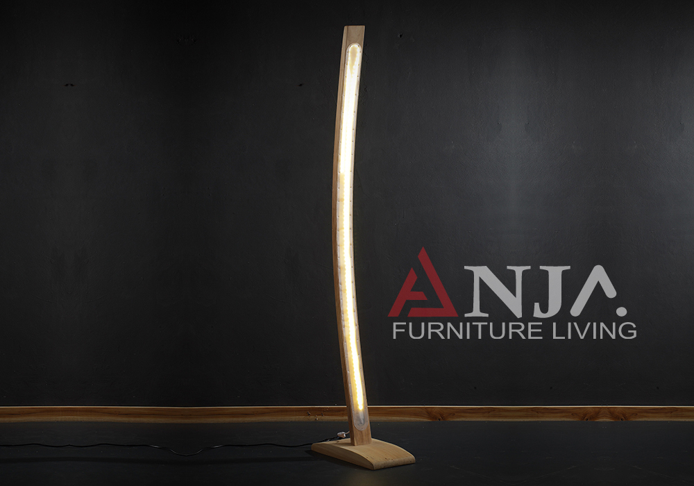 Cheltenham Floor Lamp 1