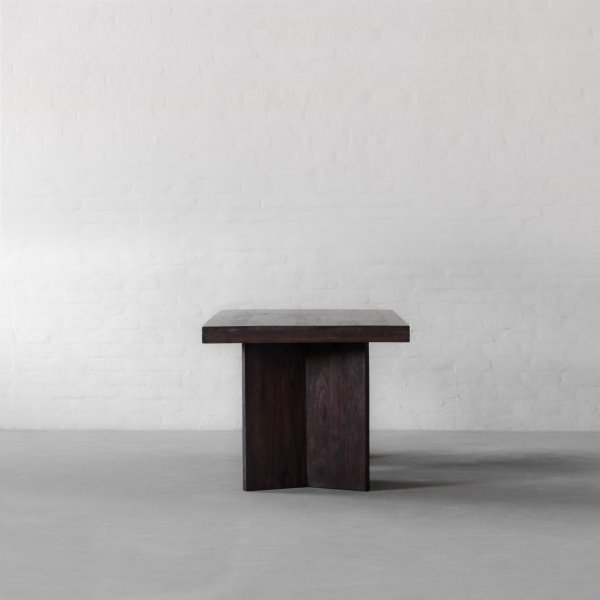MARYLAND DINING TABLE 2