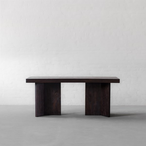 MARYLAND DINING TABLE 1