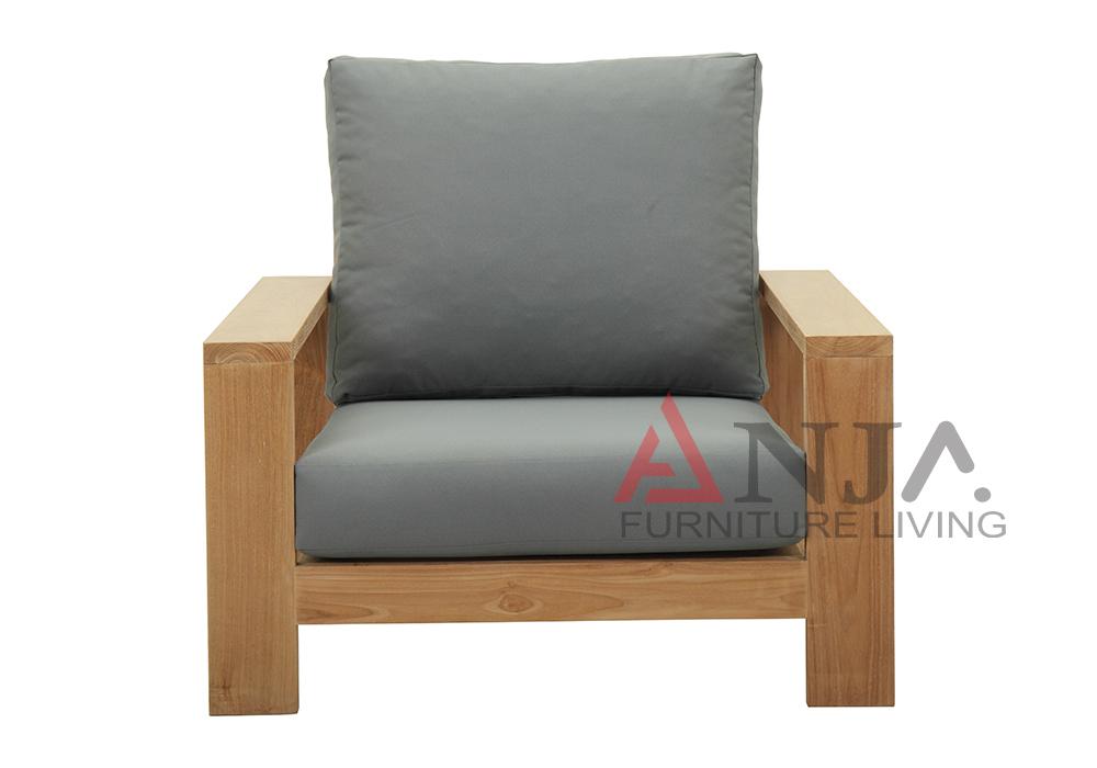 Single Deep Seating 1
