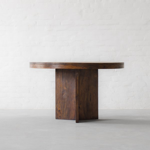 MARYLAND ROUND DINING TABLE 3