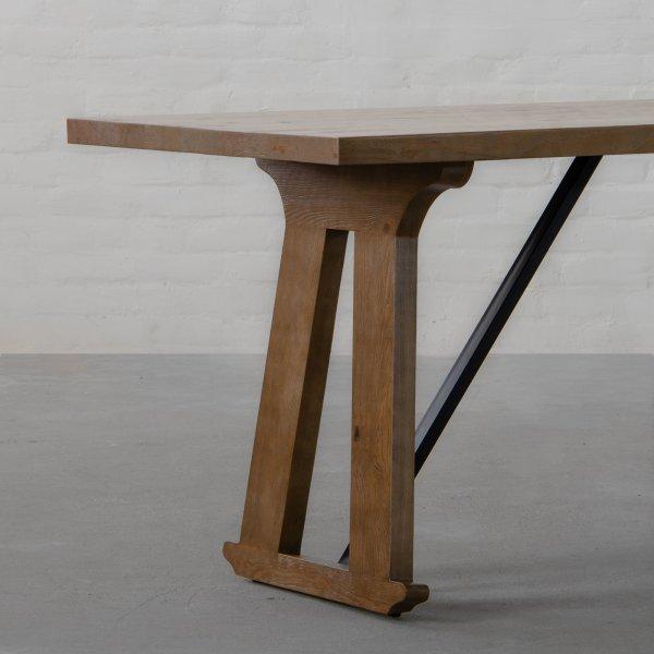 MONROE TABLE 4