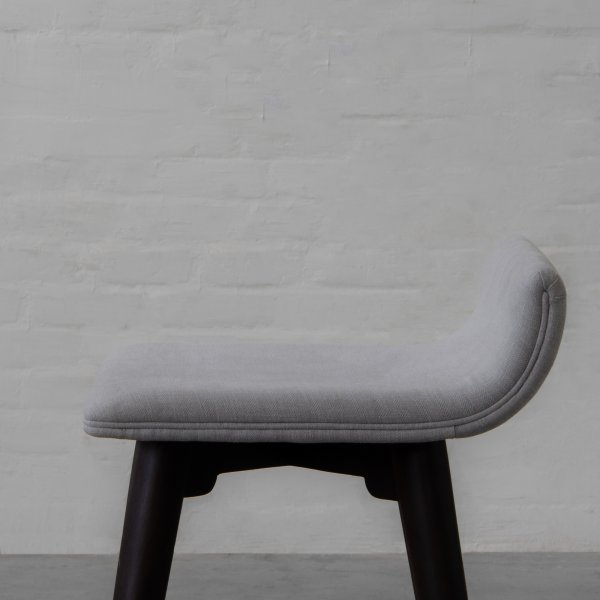 GUEDALUPE UPHOLSTERED BAR CHAIR 4
