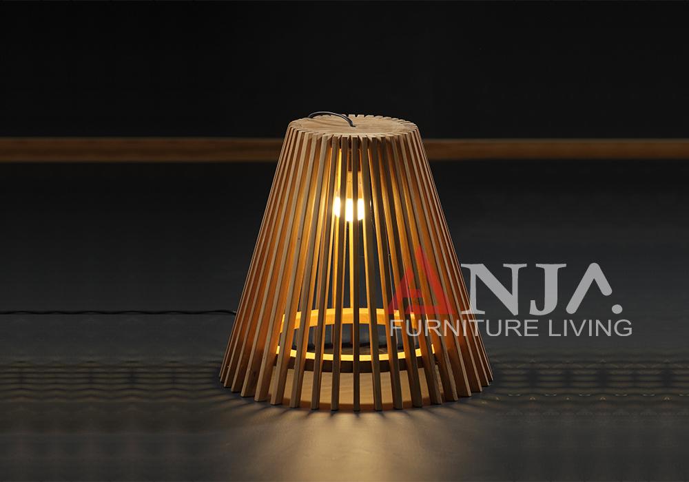 Hampton Court Outdoor Lamp 1