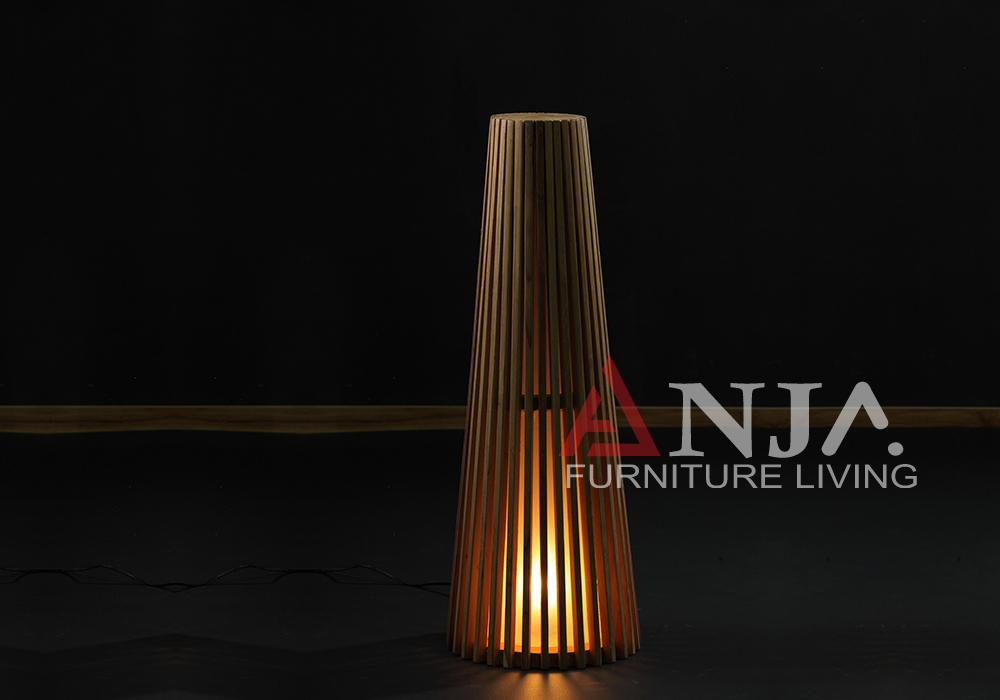 Trafalgar Outdoor Lamp 1