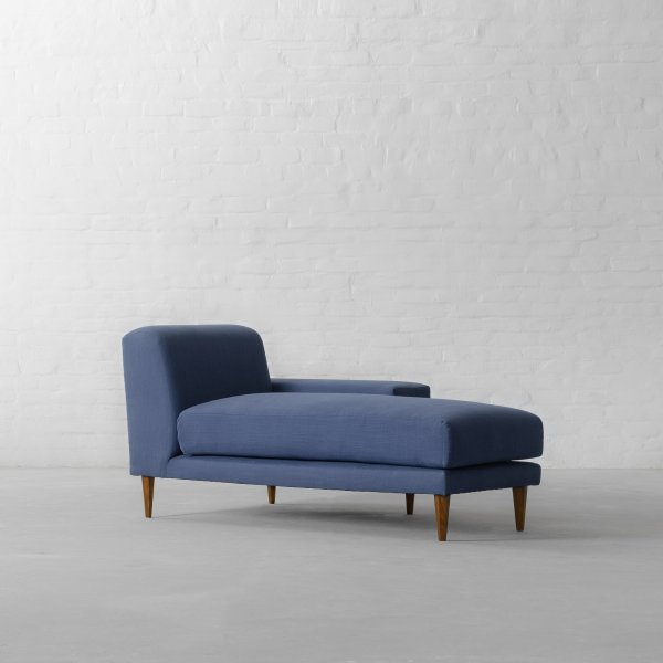 LARGE CHAISE SECTIONAL - MUNICH 9